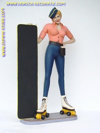 Dame op rolschaatsen met krijtbord, hoogte: 1,65 meter