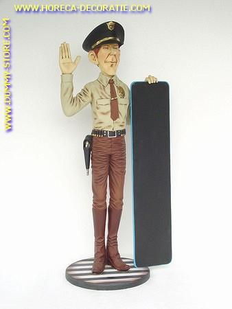Amerikaanse politieman, hoogte: 1,80 meter