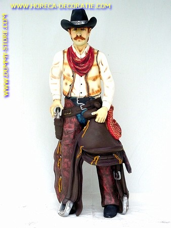 Cowboy met zadel, hoogte: 1,88 meter