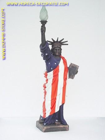 Vrijheidsbeeld met lamp, hoogte: 1,13 meter
