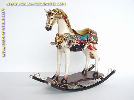Kermis schommel paard wit, hoogte: 0,75 meter