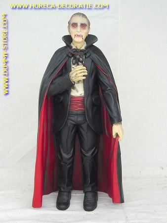 Dracula, hoogte: 1,01 meter