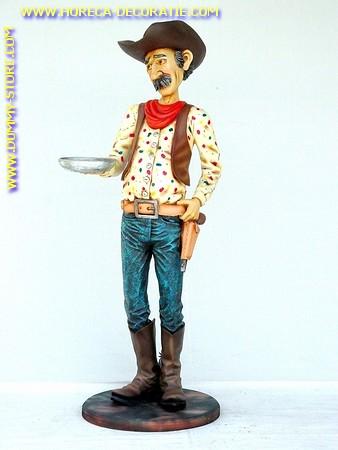 Cowboy butler, hoogte: 1,74 meter