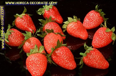 Strawberry dummy medium, 12 pcs
