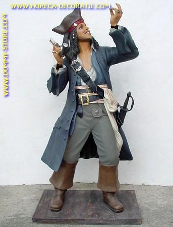 Piraat Jack Sparrow, hoogte: 1,97 meter