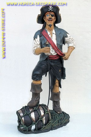Vrolijke piraat, hoogte: 1,90 meter