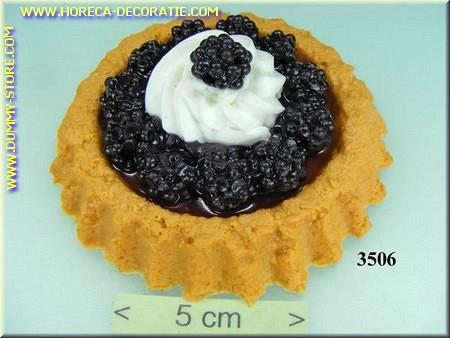 Cake Bosbessen met slagroom - Attrappe