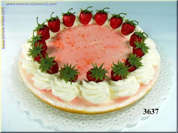 Erdbeer Torte 26x6 cm