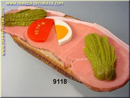 Brood met Ham, Kaas, Ei en Augurk - Attrappe