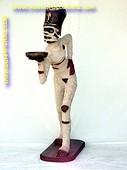 Mummie butler, hoogte: 1,64 meter