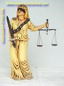 Vrouwe Justitia, hoogte: 1,02 Meter