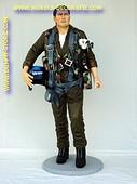 Straaljager piloot, hoogte: 1,98 meter