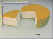 Vercorin-Käse angeschnitten - Attrappe