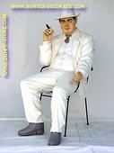 Al Capone sitting, h: 1,40 meter