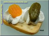 Toast met Komkommer en Wortel - dummy