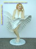 Marilyn Monroe, hoogte: 0,80 meter
