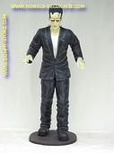 Frankenstein, hoogte: 2,13 meter