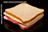 Sandwich Kase Schinken Tomato und Salat - Attrappe