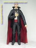 Dracula, hoogte:1,90 meter