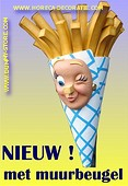 French Fries woman, height: 1,30 meter