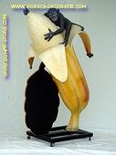 Monkey with banana, h: 1.95 meter