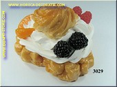 Vruchtenkoek met slagroom - Attrappe