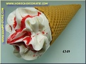 Cornetto strawberry (dummy)