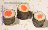 Maki Sushi mit Lachs - Attrappe