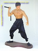 Bruce Lee, h: 1,83 meter