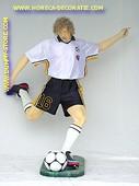 Soccer player, he: 2,15 meter